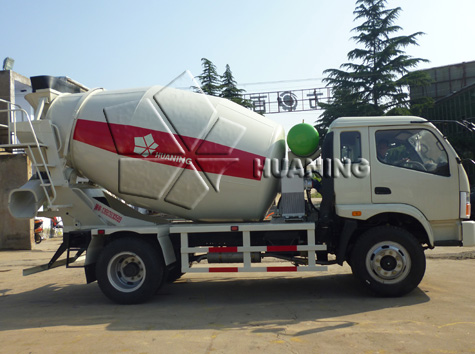 Four Cubic Meters(4m3) Concrete Truck